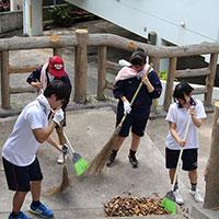 二中慰霊祭清掃活動