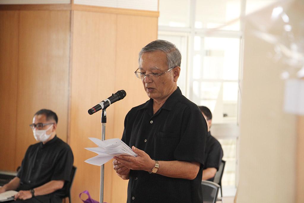 二中健児の塔慰霊祭(令和2年)・宮里 博史同窓会長による追悼の辞