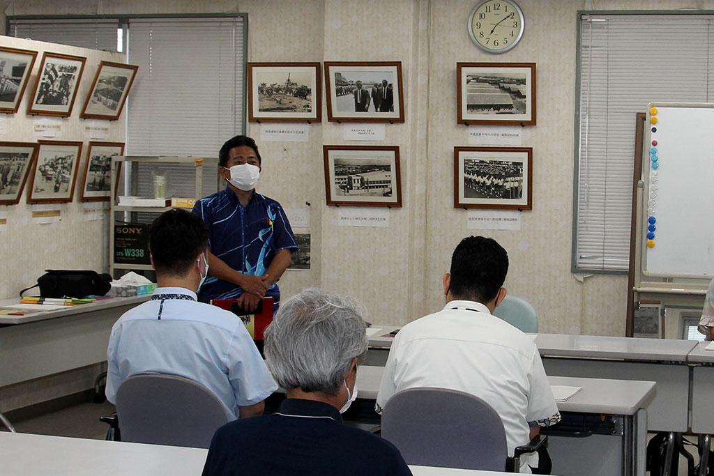 山川 国広 PTA副会長が、コロナ禍のなか、1千40万円を学校へ寄附したことに対して同窓生の団結力に感銘を述べた。